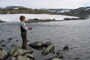 Stangfiske barn. Foto: Oppdal Bygdealmenning