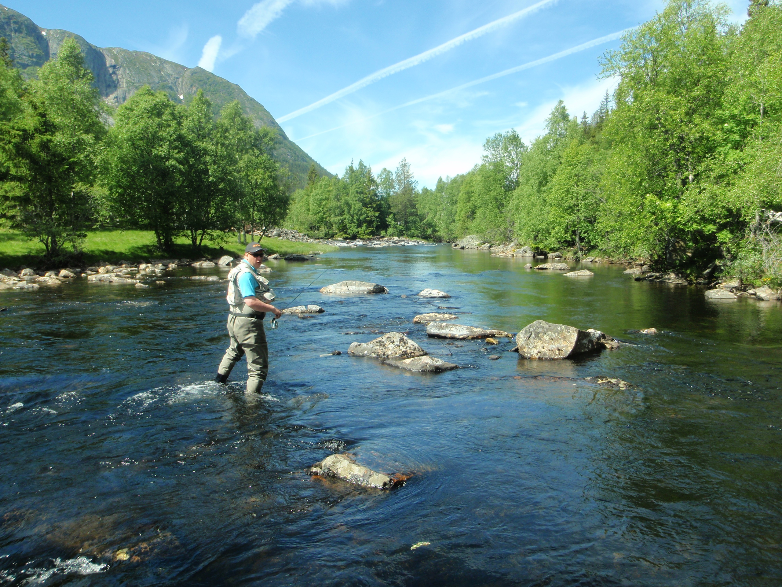 Mountain trout fishing hardangervidda east fishspot for Places to buy fish near me